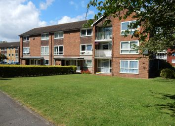 Thumbnail 1 bed maisonette to rent in Basinghall Gardens, Sutton