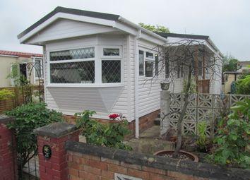 Thumbnail 1 bed mobile/park home for sale in Grange Farm Estate (Ref 5914), Upper Halliford Road, Shepperton, Surrey