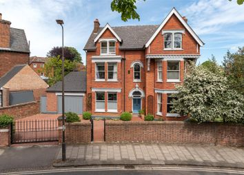 Thumbnail 7 bed property for sale in Rothsay Road, Bedford