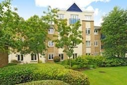 Thumbnail 3 bedroom flat to rent in The Waterways, Summertown