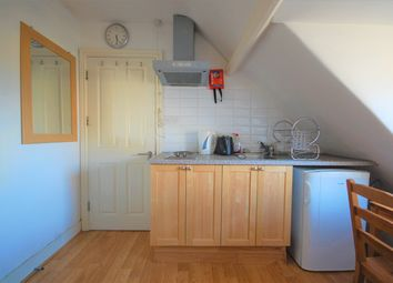 Thumbnail Room to rent in Chiswick High Road, Chiswick