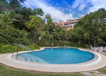 Thumbnail 2 bed apartment for sale in La Quinta Golf, Benahavis, Malaga, Spain