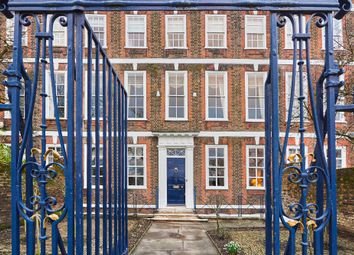 Maids Of Honour Row, Richmond TW9. 5 bed town house for sale