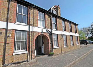 Thumbnail 2 bed flat for sale in Ye Meads House, Taplow