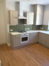 Thumbnail 2 bed flat to rent in Queens Square, Leeds