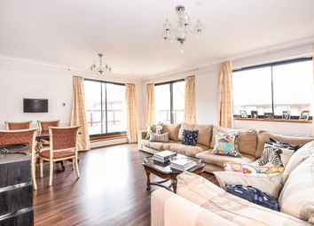 Thumbnail 3 bedroom flat for sale in Windsor Way, London