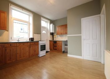 Thumbnail 2 bed property to rent in Woodside Place, Halifax