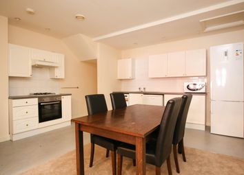 Thumbnail 2 bed flat to rent in Holly Avenue, Jesmond, Newcastle Upon Tyne