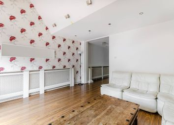 Thumbnail 3 bedroom flat to rent in Jupiter Way, Barnsbury