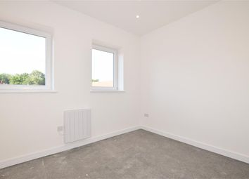 Pinehill Road, Uno, Bordon, Hampshire GU35. 1 bed flat