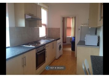 Thumbnail 2 bed flat to rent in Hyde Park, Leeds