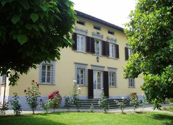 Thumbnail 7 bed villa for sale in Near Lucca (Town), Lucca, Tuscany, Italy