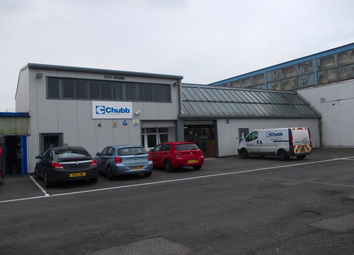 Thumbnail Warehouse to let in Ilford Trading Estate, Basildon
