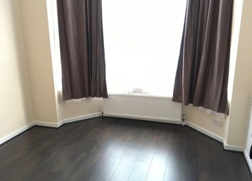Thumbnail 4 bed property to rent in Daneshill Road, Leicester