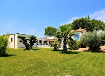 Thumbnail 8 bed detached house for sale in Languedoc-Roussillon, Gard, Proche Nîmes