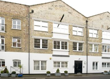 Thumbnail 3 bed mews house to rent in Brook Mews North, Lancaster Gate, London