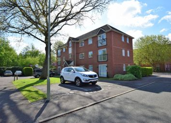 Thumbnail 2 bedroom flat for sale in Collingwood, Farnborough
