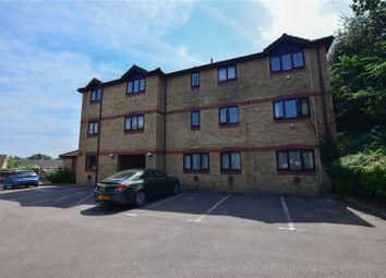 2 bed flat to rent in Bentley Close, Bishop's Stortford CM23