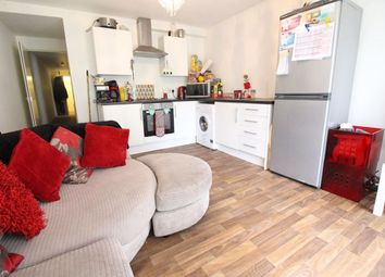 Thumbnail 2 bed flat to rent in Gordon Road, Cathays, Cardiff