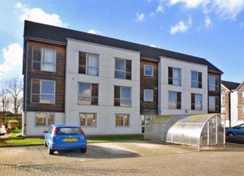 2 bed flat to rent in Dulcie Close, Greenhithe DA9