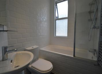 Thumbnail 3 bed property to rent in Cavendish Avenue, Woodford Green
