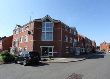 Thumbnail 2 bed flat to rent in Alma Road, Banbury, Oxon