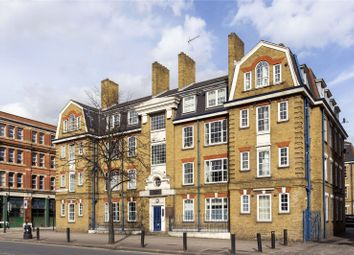Thumbnail 2 bed flat for sale in Cambridge Heath Road, Bethnal Green