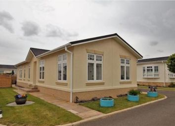 Thumbnail 2 bed mobile/park home for sale in Regent Circle, Torksey Lock, Lincoln