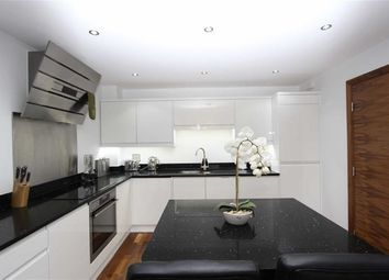 Thumbnail Flat to rent in Woolston Manor Apartments, Chigwell, Essex