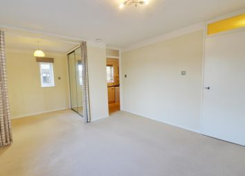 Thumbnail Studio to rent in Jasmin Close, Northwood