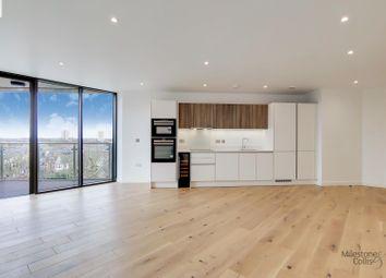 2 bed flat to rent in London Road, Twickenham TW1