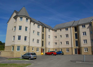 Thumbnail 2 bed flat to rent in 32c, Caledonia Court, Rosyth, Fife KY11,