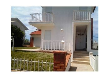 Thumbnail 5 bed detached house for sale in Nazaré, Portugal