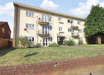 Thumbnail 3 bed flat for sale in Long Chaulden, Hemel Hempstead