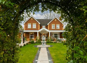 Thumbnail 4 bed property for sale in Tower Gardens, Claygate, Esher