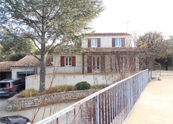 Thumbnail 3 bed villa for sale in Languedoc-Roussillon, Gard, Nimes