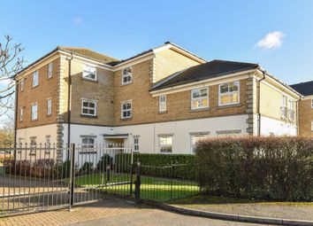 Thumbnail 2 bed flat for sale in Hendon, London NW4,