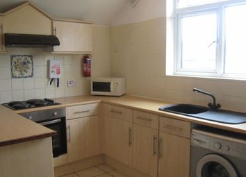 Thumbnail 3 bedroom flat to rent in Richmond Road, Cathays, Cardiff