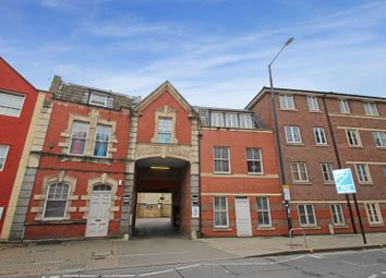 2 bed flat for sale in Hotwell Road, Bristol BS8