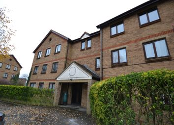 Thumbnail 2 bedroom flat to rent in Deanery Close, East Finchley