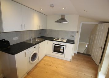 Thumbnail 1 bedroom flat to rent in Ongar Road, Brentwood