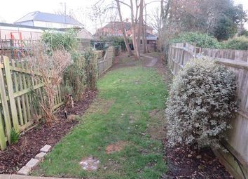Thumbnail 2 bed property to rent in Kings Mead, South Nutfield, Redhill