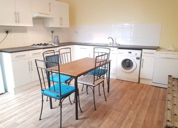 2 bed maisonette to rent in Foxbourne Road, Balham SW17
