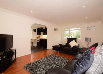 Thumbnail 2 bed flat for sale in London Road, Brentwood, Essex