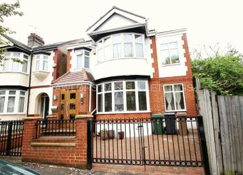 Thumbnail 5 bed detached house to rent in Oak Hill Close, Woodford Green