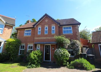 3 bed detached house to rent in Cater Gardens, Guildford GU3