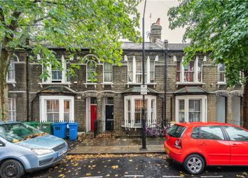 Trafalgar Street, Walworth, London SE17. 2 bed flat