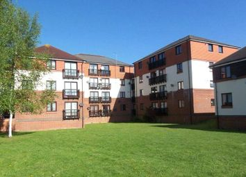 Thumbnail 2 bedroom flat for sale in Millers Court, The Causeway, Caversham