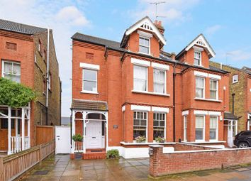 Thumbnail 2 bed flat to rent in Victoria Avenue, Surbiton