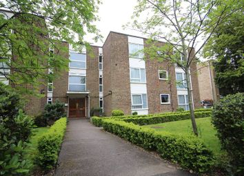 Thumbnail 2 bedroom flat for sale in Randolph Court, The Avenue, Hatch End